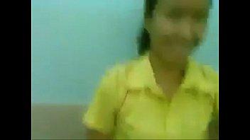 หลุดนักเรียนสาวม.ปลายโดนแฟนหนุ่มเงี่ยนจัดขอเย็ดหีในห้องน้ำคาชุดพละอย่างเด็ดแถมยังถ่ายคลิปไว้อีกด้วย