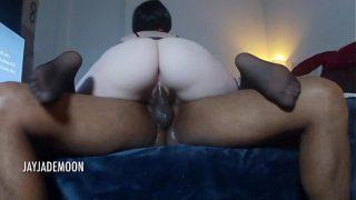pornxxx ฝรั่งสาวสวยหุ่นอวบงานดีนมใหญ่หีรูอย่างฟิตแก้ผ้าขย่มควยให้ลูกค้าผิวสีควยใหญ่จนน้ำแตก