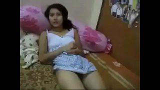 คลิปหลุดไทยบ้าน วัยรุ่นสาวหน้าสวยหุ่นผอมบางตั้งกล้องถ่ายคลิปแก้ผ้าเย็ดกับแฟนหนุ่มในห้องนอน