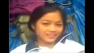 คลิปหลุด นักเรียนสาวม.ต้นหุ่นดีแแอบโดดเรียนมาให้แฟนหนุ่มเย็ดหีในป่า