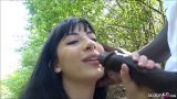 เย็ดหีฝรั่งสาวสักลายในกล้ากลางป่าตอนกลางวันแสกๆหีโครตสวยขาวเนียนน่าเลียสุดๆ