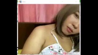 18+คลิปหลุดสาวไทยบ้านๆผิวเข้มหุ่นอวบๆนมใหญ่แก้ผ้าถ่ายคลิปเล่นเสียวยั่วแฟนหนุ่ม