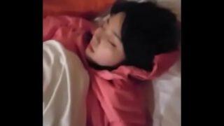 คลิปxxxลักหลับหลานสาววัยกำลังโตนมเพิ่งขึ้นกลางดึกถึงในห้องนอน