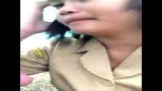 หลุดอาจารย์สาวไทยรุ่นใหญ่ไม่มีผัวตั้งกล้องอัดคลิปเกี่ยวเบ็ดหีแก้เงี่ยน